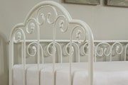 Lilly Vintage Style Single White Metal Day Bed Frame