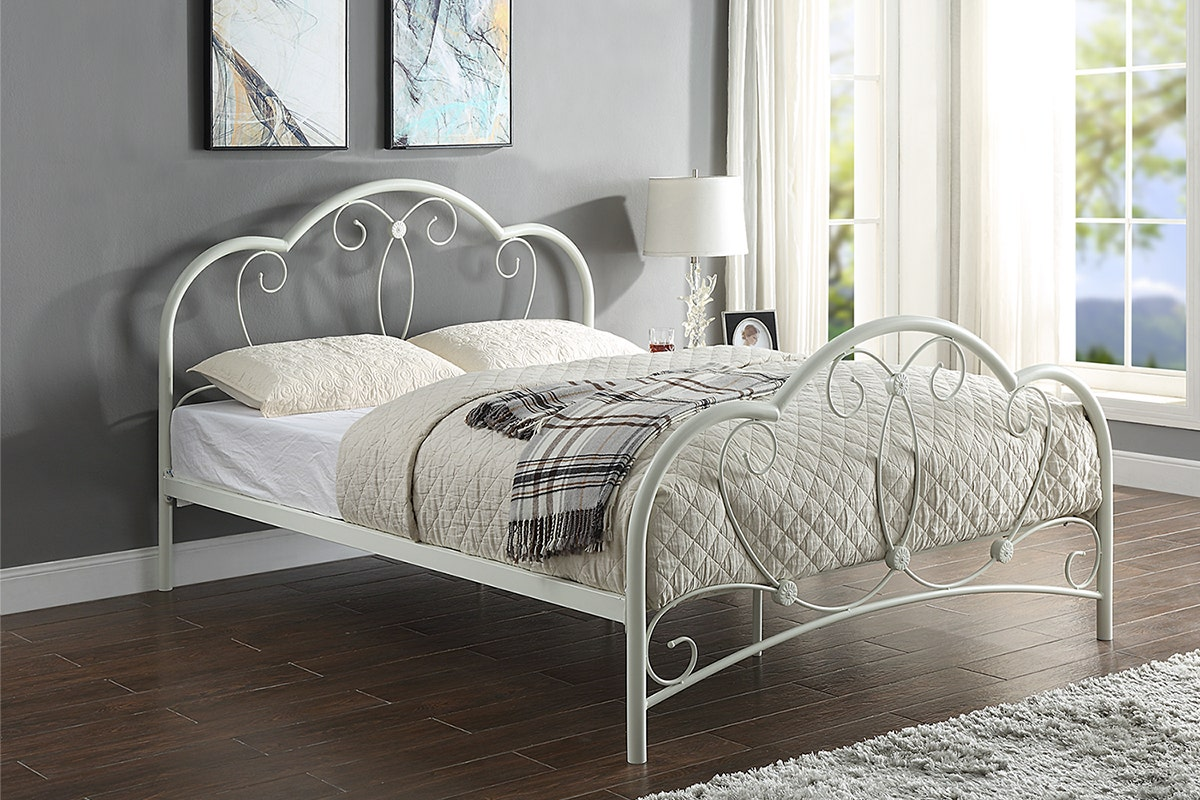 Whitby Vintage Style White Metal Bed Frame Single Double King Size Crazypricebeds Com